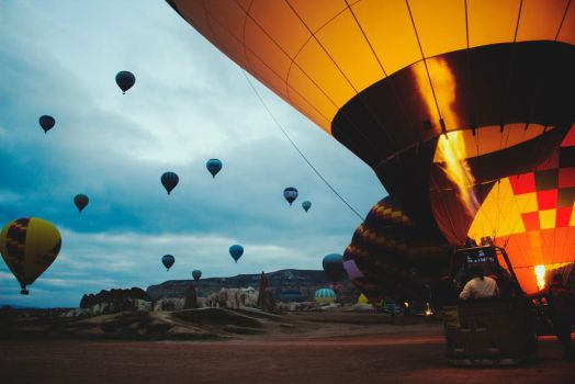 Hot Air Balloons by alpqwerty