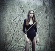 Maya in the forest by psychiatrique