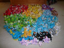 So Many Neopets by chameron