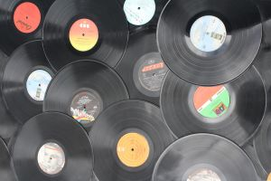 Records by Lindalees