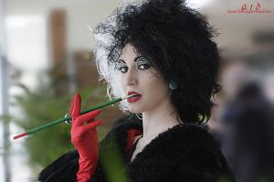 Cruella De Vil: portrait of villainy by Bewitchedrune