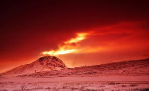 ICELAND - The volcano in fire by PatiMakowska