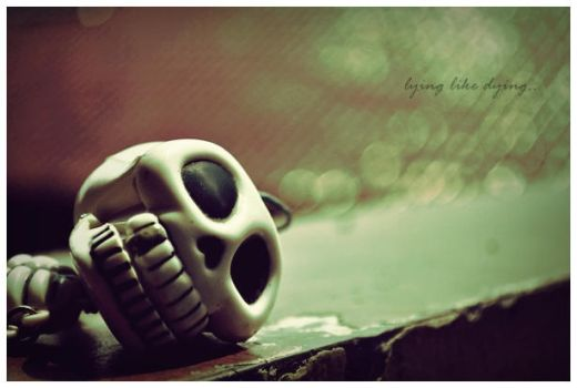 a dying skeleton by ibrahimohfiq