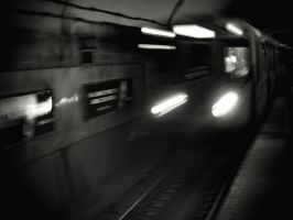 L Train by jonniedee