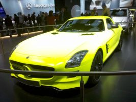 Neon Overloaded Mercedes by Thrumm