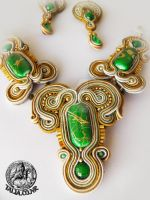 Sourache set in Green and Gold by caricatalia