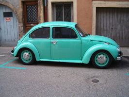 Lovely Volkswagen Beetle by muetze87