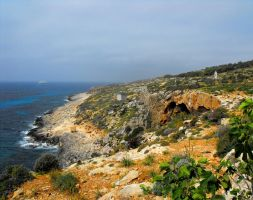 Southern Coast Of Comino by floramelitensis
