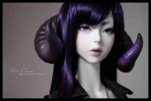 Her glorious purpleness by yenna-photo
