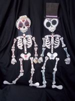 Bride and Groom Skeleton - SOLD by TheSterlingDragon