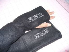 Deadly Armwarmers by BarbaraTeebrook