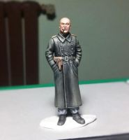 1/35 german officer in leather greatcoat by alfonsoserra