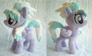 Cloudchaser Plushie by dollphinwing
