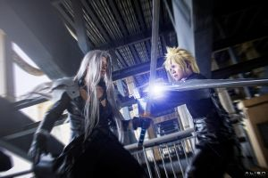 Cloud Vs Sephiroth by AlienZai