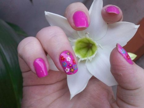 colorful nails by Karenxsx