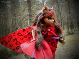 Clawdeen Wolf: Run, Hoodie, run! by BaziKotek