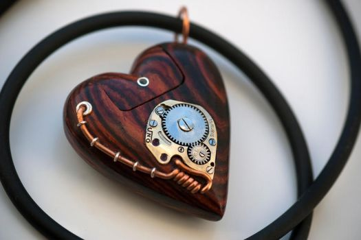 32GB USB Heart Necklace - Cocobolo by back2root