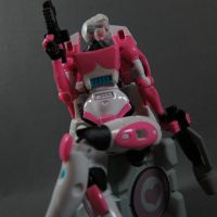 Arcee is perfect by Doubledealer93