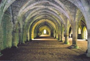 Fountains Abbey by chrisp4