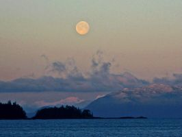 full moon over the islands by Glacierman54