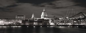 St Pauls IV by AndrewToPhotography