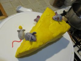 mousy cheese cake 2 by recycledrapunzel