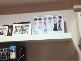 exo's photo frame by KpopGurl