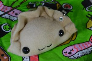 UBCON 2013 Dumpling Keychain Plushies by CoccineousCephalopod