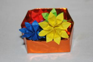 origami box of flowers by rayna23