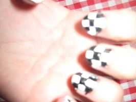 Roxas inspired nails 2 :D by hylian-dragoness
