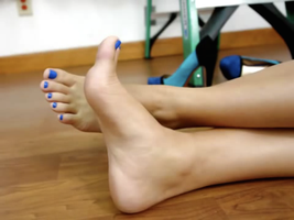 Blue Toes by bluefunnymen