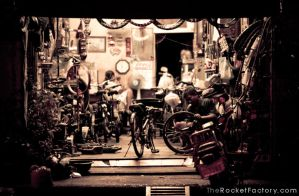 Into the shop by frankrizzo