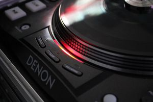 DENON Turntable by AwazS