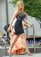 curvaceous Jennifer Aniston by cribinbic