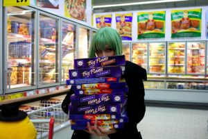 Code Geass: More pizza, MORE by Green-Makakas