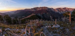 Autumn pano of Velebit by ivancoric