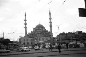 Turkey Istanbul The Yeni Camii mosque 1970s by BlackWhitePictures