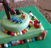 Angry birds Cake by WendiJoe