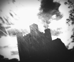 Rochester Castle by CheBertrand