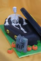 Halloween Cake by Verusca