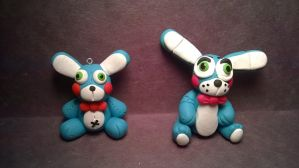 Toy bonnie sculpture vs toy bonnie key chain by Tiffanime1