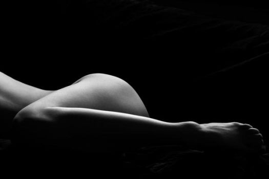 Hannah's Thigh and Curve. by NickGiles