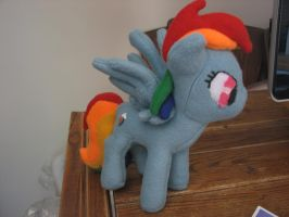 Rainbow Dash (For younger children) by FungalZombieX