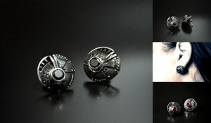 Steampunk industrial stud earrings Bucinum by GatoJewel-DerKater