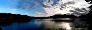 Derwent Water Panorama by robbsiebobs