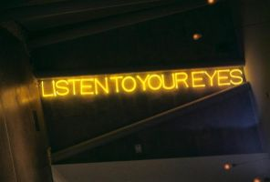 listen to your eyes by monariza