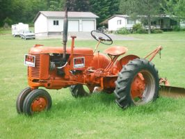 Tractor For Sale by TomRedlion