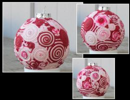 Peppermint ornament by Glori305