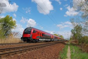 Railjet bw. Gyor and Abda by morpheus880223