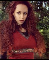 Oonagh by fae-photography